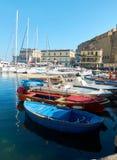 Łodzie rybackie cumować w Borgo Marinari schronieniu Neapolu włochy Fotografia Stock