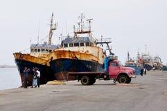 Łodzie Rybackie i Stara ciężarówka, Agadir schronienie Zdjęcia Royalty Free