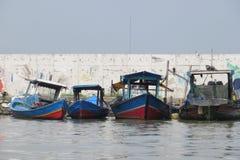 Łodzie rybackie w Dżakarta zdjęcia royalty free
