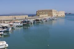 Łodzie rybackie w porcie w Heraklion, Crete wyspa, Grecja Fotografia Royalty Free