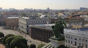 łodzie skierowywają Petersburg rzecznego świętego st widok Zdjęcia Stock