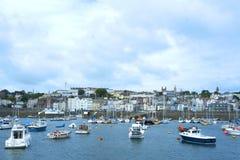 Łodzie w świętego Peter porcie, Guernsey Obrazy Royalty Free