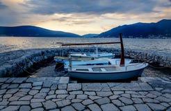 Łodzie w małym schronieniu w Tivat, Montenegro Obrazy Stock