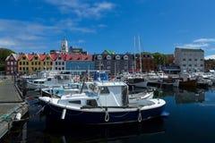 Łodzie w marina, Torshavn, Faroe wyspy obrazy royalty free