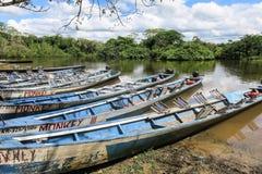 Łodzie w porcie na Madidi rzece Fotografia Royalty Free