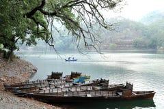 Łodzie w Sattal jeziorze Obrazy Stock