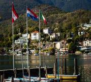 Łodzie w schronieniu miejscowość wypoczynkowa Ascona fotografia royalty free