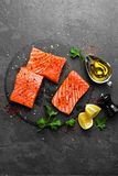 Łosoś rybi świeży łosoś Surowy łososiowy rybi polędwicowy Obraz Royalty Free
