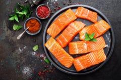Łosoś rybi świeży łosoś Surowy łososiowy rybi polędwicowy Fotografia Royalty Free