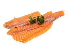 Łososia polędwicowy dekorujący z pietruszką zdjęcie royalty free