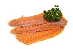 Łososia polędwicowy dekorujący z pietruszką fotografia stock