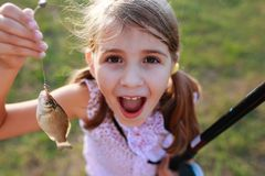 Łowić dzieciaków Zdjęcia Royalty Free