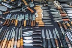 Łowieccy noże z drewnianą rękojeścią handmade Obraz Stock