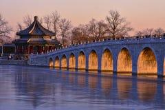 17 łuków bridżowy zmierzch, Chiny Obrazy Royalty Free
