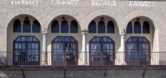 łuków kolumn ściana zdjęcia royalty free