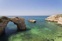 Łuk Albandeira plaża Obrazy Royalty Free