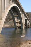 łukowaty most. zdjęcia royalty free