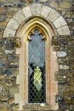 łukowaty okno kościoła Fotografia Royalty Free