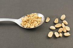 Łyżka z arachidami Obrazy Royalty Free