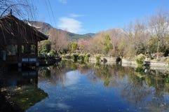 ŒErhai för ¼ för sjökaffeshopï sjön i Yunnan, Œand för ¼ för Kina fiskebåtpeopleï bostads- sjö Royaltyfria Bilder