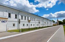 Ściana Świętej trójcy Novo-Golutvin monaster Zdjęcia Stock