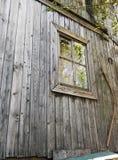 Ściana drewniany dom z teksturą i okno Zdjęcia Royalty Free