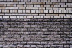 Ściana robić żółte cegły i dekoracyjny kamień Zdjęcia Royalty Free