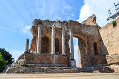 Ściana starożytnego grka Romański teatr w Taormina fotografia stock