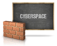 Ściana Z Cegieł Blackboard Z cyberprzestrzeń tekstem Na Blackboard Obraz Royalty Free