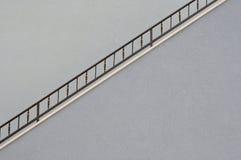 Ściana z metalu poręczem schody Obraz Stock