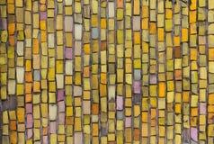 Ściana zakrywająca z otoczaka barwionym smalt obraz stock