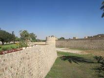 Ściany i górują średniowieczny Wenecki forteca w Fomagusta, północny Cypr fotografia royalty free