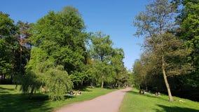 Ścieżka przy Panke strumieniem w miejskim parku w Pankow w Berl Fotografia Royalty Free