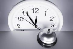 Ścienny zegar i Wywoławczy Bell Zdjęcie Royalty Free