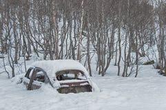 Ściga zanurzająca w śniegu zdjęcie royalty free