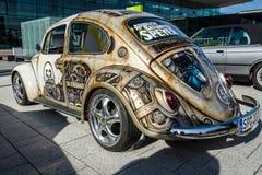 Ścisły samochód Volkswagen Beetle w niezwykłym ciało obrazu aerography Fotografia Royalty Free