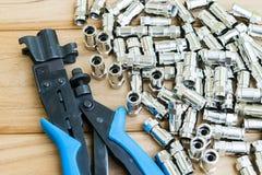 Ściskania narzędzie dla sznura obrazy stock