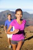 Ślad kobiety działającego biegacza zdrowy styl życia Obrazy Stock