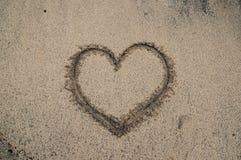 Ślad miłość w pustyni plaży zdjęcia royalty free