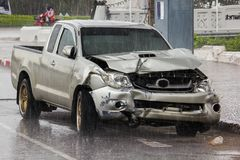 Ślada uszkadzający samochody w wypadku obrazy stock