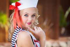 Śliczna żeglarz dziewczyna Zdjęcia Royalty Free