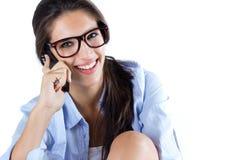 Śliczna brunetki kobieta bierze fotografię ona Obraz Stock