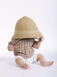 Śliczna chłopiec z safari kapeluszem Obrazy Stock