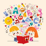 Śliczna dzieciak czytelniczej książki edukaci pojęcia ilustracja Obrazy Royalty Free