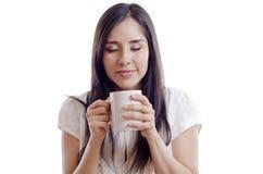 Śliczna dziewczyna budzi się do kawy zdjęcie stock