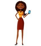 Śliczna młoda amerykanin afrykańskiego pochodzenia kobieta z telefonem komórkowym Obraz Stock