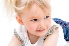 Śliczna mała dziewczynka odizolowywająca Obraz Royalty Free