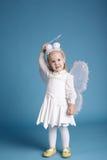 Śliczna mała dziewczynka z motylim kostiumem Fotografia Stock