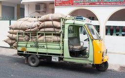 Śliczna mini ciężarówka Obraz Royalty Free