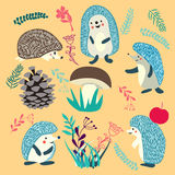 Ślicznego jeża lasowi zwierzęta ustawiający ilustracji